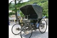 Monumento alla prima auto
